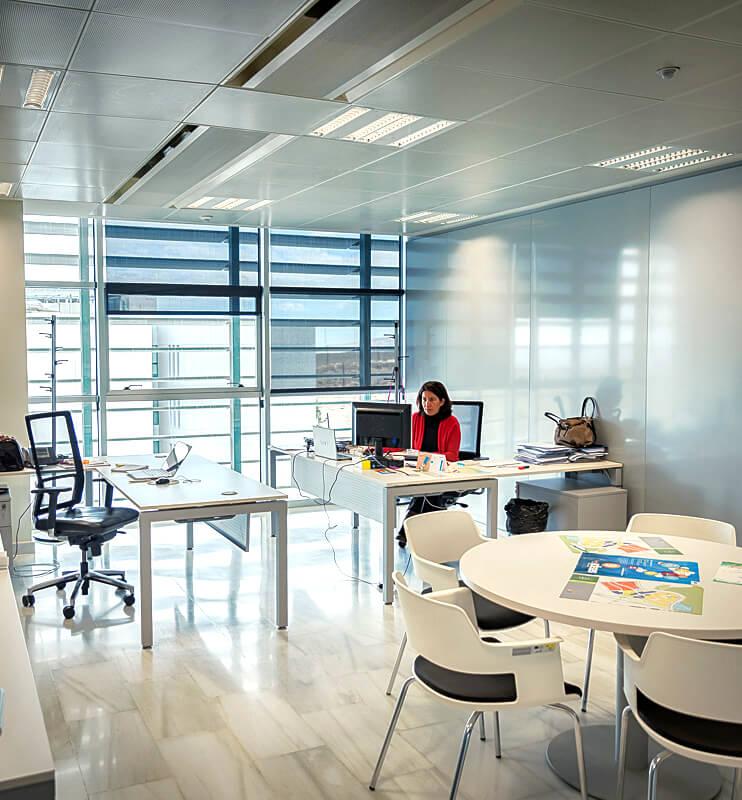 oficina-ayuda-edificio-pitagoras
