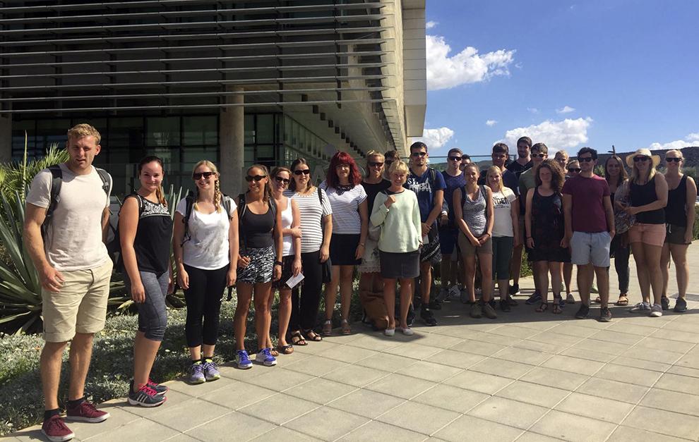 grupo-estudiantes-master-geografia-economica-rwth-aachen-university_edificio-pitagoras